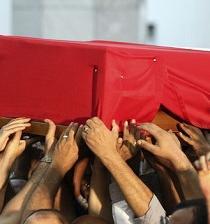 Mueren 3 policías en un ataque armado en la península egipcia del Sinaí