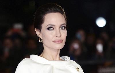 Jolie no comprará casa en Londres si laboristas introducen impuesto mansiones