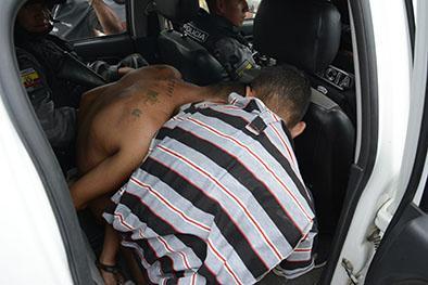 Detienen a 5 personas durante persecución