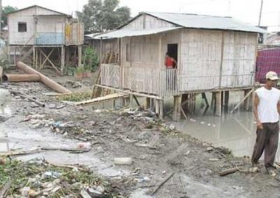 Gobierno de Ecuador presenta estrategia para erradicar la pobreza en el país