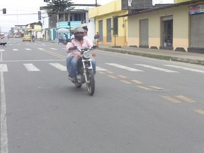 Exceso de velocidad en las calles preocupa a los moradores de la cooperativa Venceremos