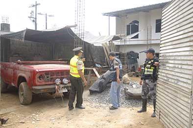 Allanan una propiedad donde había partes  de varios automotores