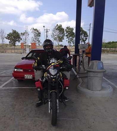 Joven recorre Suramérica en moto con fin solidario