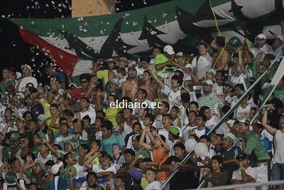Hinchas de Liga de Portoviejo sueñan con la 'A'