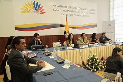 Comisión aprueba informe para primer debate de enmiendas