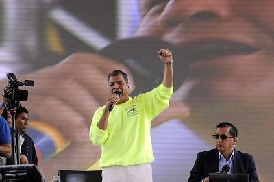 El presidente Correa llega a la emisión 400 de su enlace ciudadano