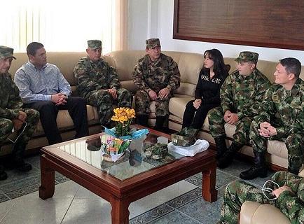 Santos dice que liberación de general propicia reanudación de diálogos de paz