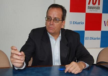 Alberto Acosta: 'La Constitución esta siendo desfigurada'