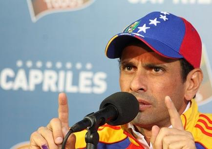 Capriles: habrá 'terribles consecuencias' en Venezuela por caída del petróleo