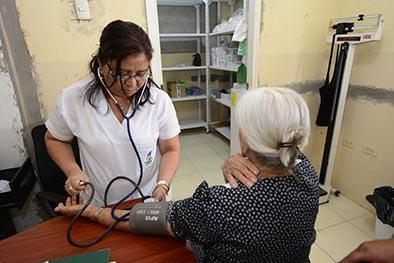 Faltan medicinas en los dispensarios médicos