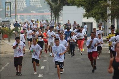 El IESS organiza la carrera Manta 5K