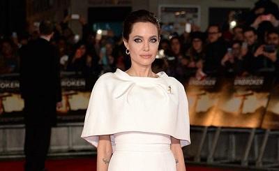 Angelina Jolie sufre accidente de tránsito y sale ilesa