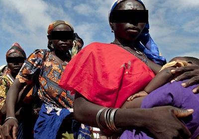 La violencia sexual y la falta de educación condenan a las mujeres africanas