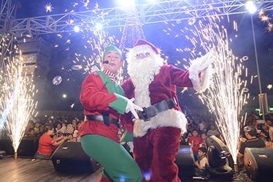 Esta noche sigue la programación navideña