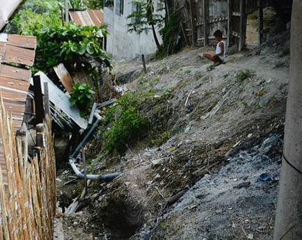Piden muro y calle en el sector del Mirador