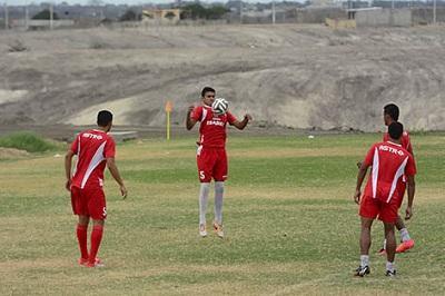 El Manta FC 'se salva' con tres victorias