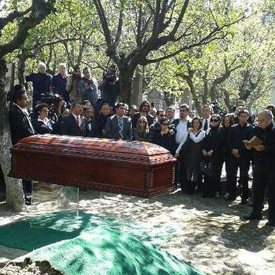 """""""Chespirito"""" ya descansa en paz"""