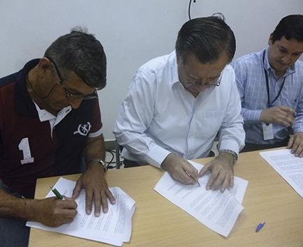 Firmaron contrato colectivo