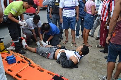 Hombre resulta herido en un accidente de tránsito