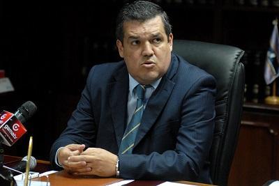 Pedro Solines renuncia a su cargo como Superintendente de Bancos