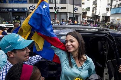 Machado queda en libertad tras ser acusada de conspirar contra Maduro