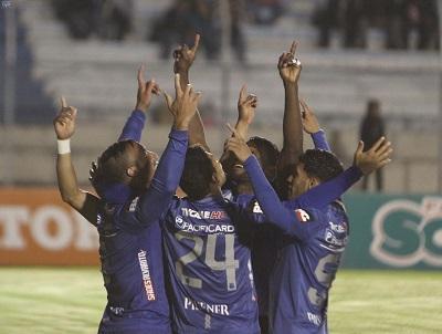 Emelec vence 2-0 a Liga de Loja y está a dos puntos del líder