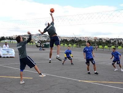 Torneo de Ecuavóley en barrios de Santo Domingo