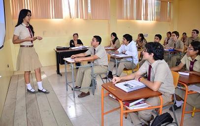 Estudiantes deberán asistir a clases hasta el 24 de diciembre