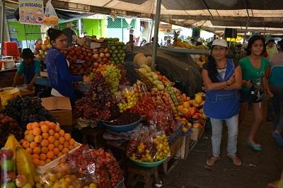 Excomerciantes de frutas de la Ambato aseguran ir de 'mal en peor'