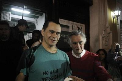 Estudiante asegura que la policía mexicana lo amenazó con 'hacerlo pedacitos'