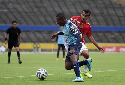 La U. Católica vence por 2-1 al Deportivo Cuenca