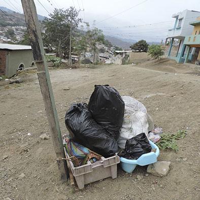 Quejas por falta de recolección de basura