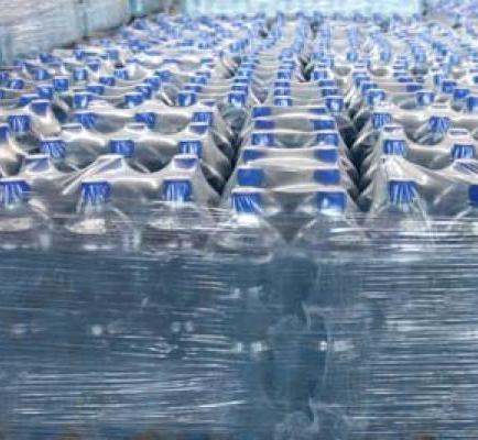 Calidad del agua embotellada está en duda