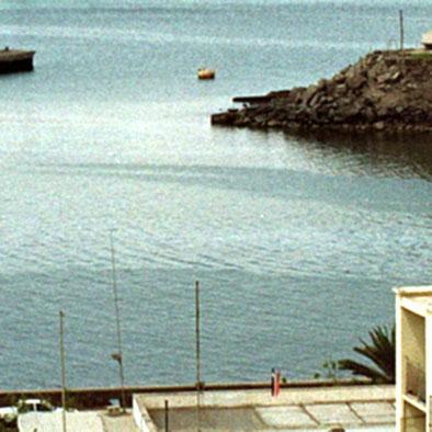 70 inmigrantes mueren ahogados en naufragio