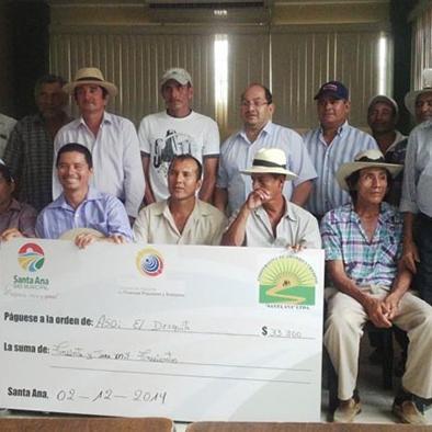 Compra de ganado con apoyo financiero