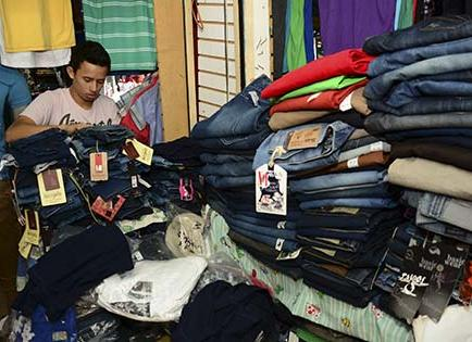 Con mercadería nueva en Tarqui