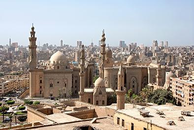 Detienen en El Cairo a 33 egipcios por mantener relaciones homosexuales