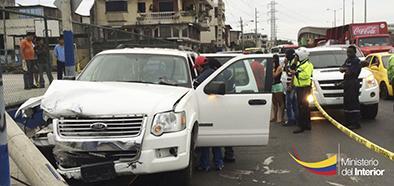 Madre e hijo manabitas mueren impactados por carro que llevaba drogas