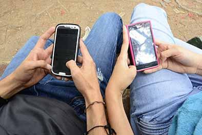 Llamar antes y enviar SMS es opción en las fiestas