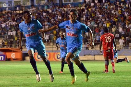 Manta FC venció 2-1 a El Nacional en el estadio Jocay y se aferra a la serie A