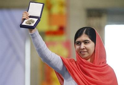 Malala y Satyarthi unen su voz por los derechos de los niños al recibir Nobel