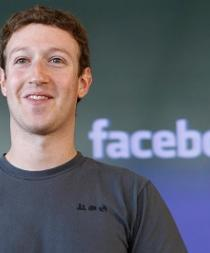 Creador de Facebook explica cómo su red social puede unir poblaciones