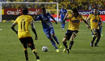 Emelec vence por 0-1 a Barcelona en el Monumental (en juego)