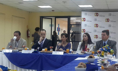 Ecuador prevé lograr acreditación internacional de 44 hospitales hasta 2016