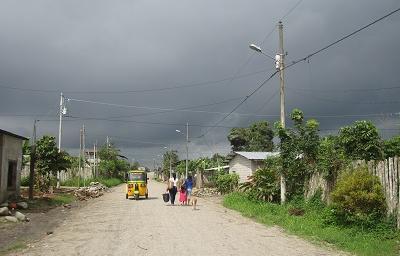 CNEL instaló lámparas de iluminación en Valle Hermoso y La Unión