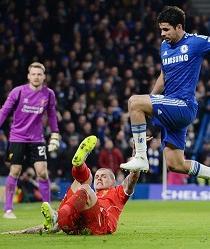 La FA sanciona a Diego Costa con tres partidos por su pisotón a Emre Can