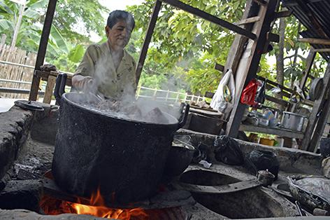 La le a es aliada de la comida a pesar del tiempo el diario ecuador - Cocinar en horno de lena ...