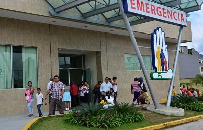 Enfermera se suicida dentro del Hospital del IESS y deja en orfandad a dos niñas