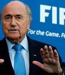 Blatter lamenta