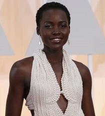 Ladrones devuelven el traje que lució Lupita Nyong'o en los Óscar